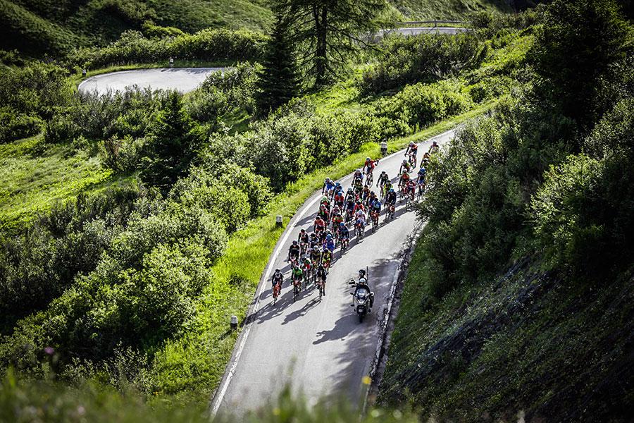 3848 LD1 00001 - Rennradfahren im Zeichen der Liebe: Maratona dles Dolomites