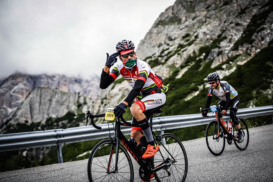 3848 LD2 01850 - Rennradfahren im Zeichen der Liebe: Maratona dles Dolomites