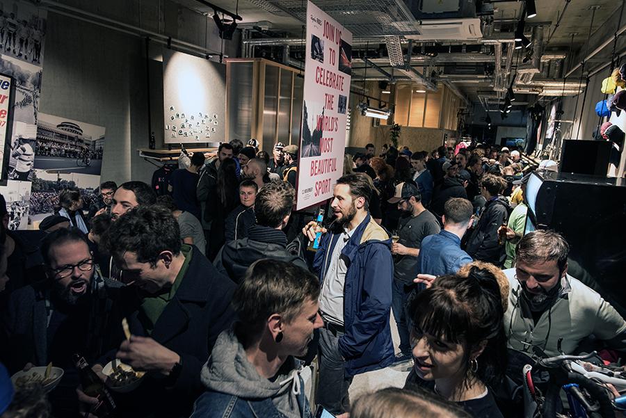 TKA4930 - Eröffnung des ersten Rapha Clubhouse Deutschlands in Berlin