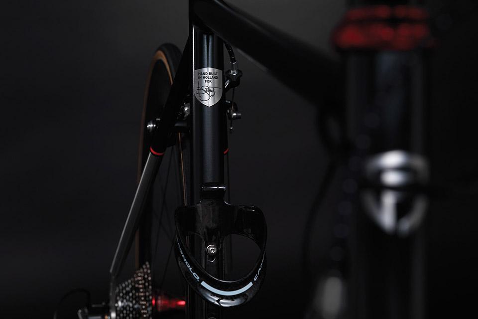 Primarius-Race-Bike-02