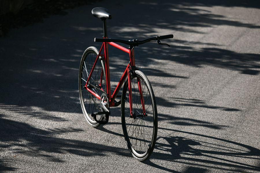 New Kid in Town: 8bar bikes FHAIN STEEL - Shut Up Legs